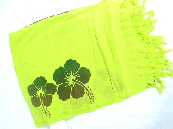 Canada export wholesaler, Black hibiscus pattern on light green bali bali sarong
