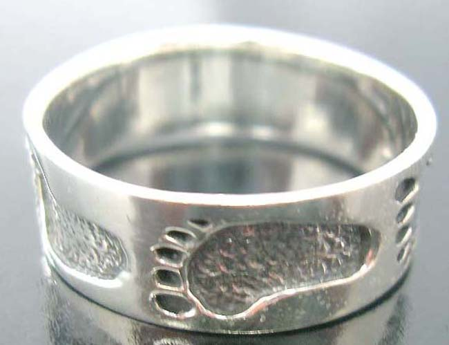 Great gift ideas, sterling silver jewelry, teen fashion rings, foot print decor, artisan crafted accessory, party wear